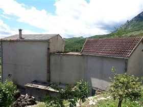 Image No.2-Villa / Détaché de 3 chambres à vendre à Palombaro