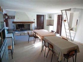 Image No.2-Villa / Détaché de 2 chambres à vendre à Fara San Martino