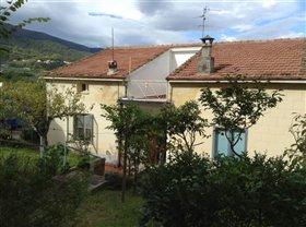 Image No.1-Villa / Détaché de 4 chambres à vendre à Guardiagrele