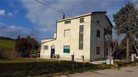 Image No.22-Villa / Détaché de 4 chambres à vendre à Abruzzes