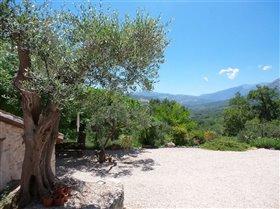 Image No.2-Villa / Détaché de 5 chambres à vendre à Civitella Messer Raimondo