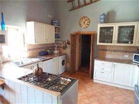 Image No.3-Villa / Détaché de 5 chambres à vendre à Civitella Messer Raimondo