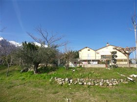 Image No.19-Villa / Détaché de 4 chambres à vendre à Palombaro