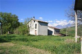 Image No.0-Villa / Détaché de 4 chambres à vendre à Roccascalegna