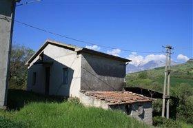 Image No.5-Villa / Détaché de 4 chambres à vendre à Roccascalegna
