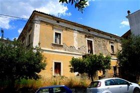 Image No.0-Maison de 4 chambres à vendre à Roccascalegna