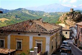 Image No.4-Maison de 4 chambres à vendre à Roccascalegna