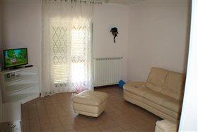 Image No.18-Villa / Détaché de 4 chambres à vendre à Torricella Peligna