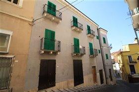 Image No.0-Maison de ville de 6 chambres à vendre à Casoli