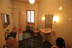 Image No.17-Maison de ville de 6 chambres à vendre à Casoli