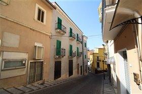 Image No.1-Maison de ville de 6 chambres à vendre à Casoli