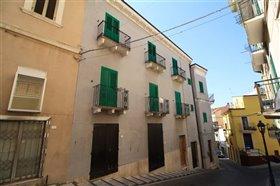 Image No.2-Maison de ville de 6 chambres à vendre à Casoli
