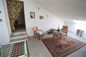 Image No.7-Maison de ville de 6 chambres à vendre à Casoli