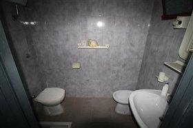 Image No.28-Villa / Détaché de 4 chambres à vendre à Lanciano