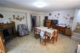 Image No.2-Maison de 4 chambres à vendre à Rapino