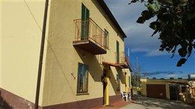 Image No.3-Villa / Détaché de 3 chambres à vendre à Orsogna