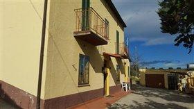 Image No.4-Villa / Détaché de 3 chambres à vendre à Orsogna