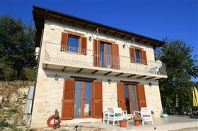 Image No.1-Villa / Détaché de 2 chambres à vendre à Palombaro
