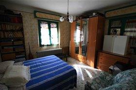 Image No.9-Villa / Détaché de 4 chambres à vendre à Abruzzes