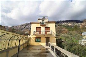 Image No.14-Villa / Détaché de 4 chambres à vendre à Abruzzes