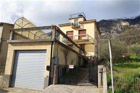 Image No.4-Maison de 4 chambres à vendre à Abruzzes