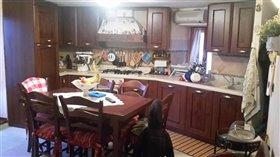 Image No.2-Maison de ville de 4 chambres à vendre à Casoli