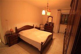 Image No.10-Propriété de 4 chambres à vendre à Gessopalena