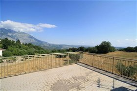 Image No.2-Maison de 4 chambres à vendre à Gessopalena