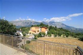 Image No.5-Propriété de 4 chambres à vendre à Gessopalena