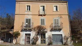Image No.0-Maison de 4 chambres à vendre à Palombaro