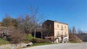 Image No.1-Maison de 4 chambres à vendre à Palombaro