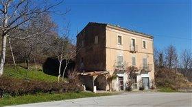 Image No.2-Maison de 4 chambres à vendre à Palombaro