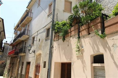 abruzzo-property1975