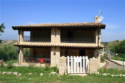 abruzzo-property1921