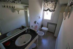 Image No.11-Appartement de 3 chambres à vendre à Palombaro
