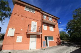 Image No.1-Villa / Détaché de 4 chambres à vendre à Torricella Peligna