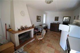 Image No.3-Villa / Détaché de 4 chambres à vendre à Torricella Peligna