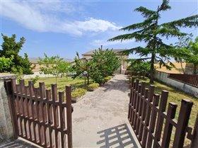 Image No.3-4 Bed Villa / Detached for sale