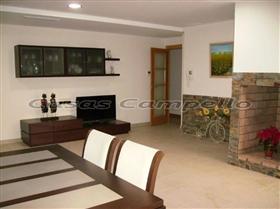 Image No.4-Propriété de 4 chambres à vendre à Coveta Fuma