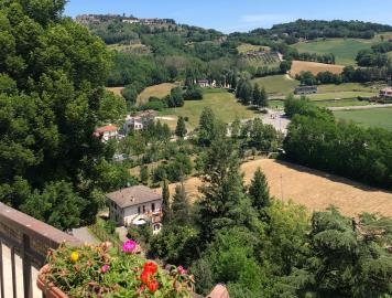 21-06-10-M172-ext-terrace-view
