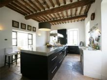 Image No.4-10 Bed Farmhouse for sale
