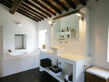 Casale Fiordaliso - Master bathroom