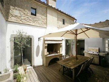 Casale Fiordaliso - The courtyard