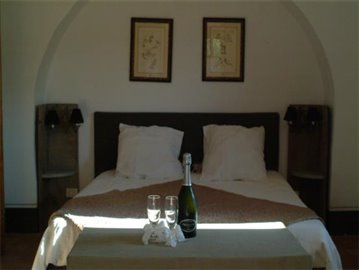Casale Fiordaliso - An apartment bedroom