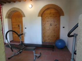 Image No.19-7 Bed Farmhouse for sale