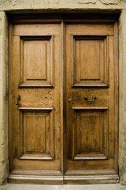 La Volta - The convent door