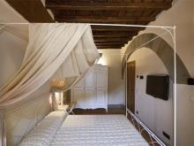 Image No.10-9 Bed Villa for sale