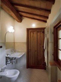 Villa La Torre - One of the bathrooms