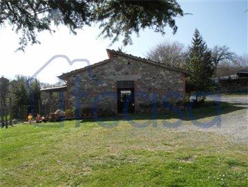 Casale-Belvedere---stables-1