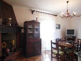 Image No.3-Villa / Détaché de 3 chambres à vendre à Caprese Michelangelo